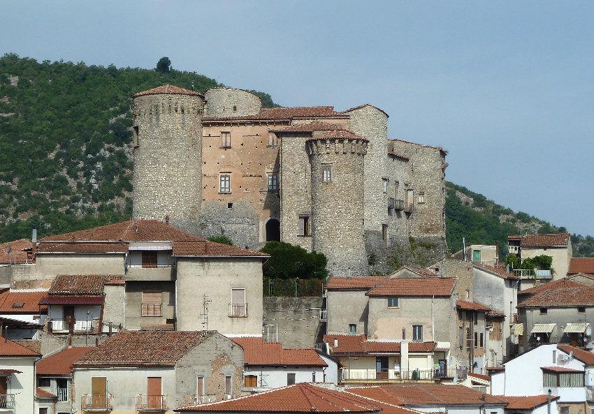 Roccadaspide sede dell'ATI per la creazione della Filiera del Vino