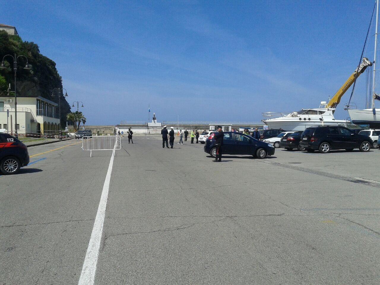 Residuato bellico al porto di Agropoli, si aspettano gli artificieri