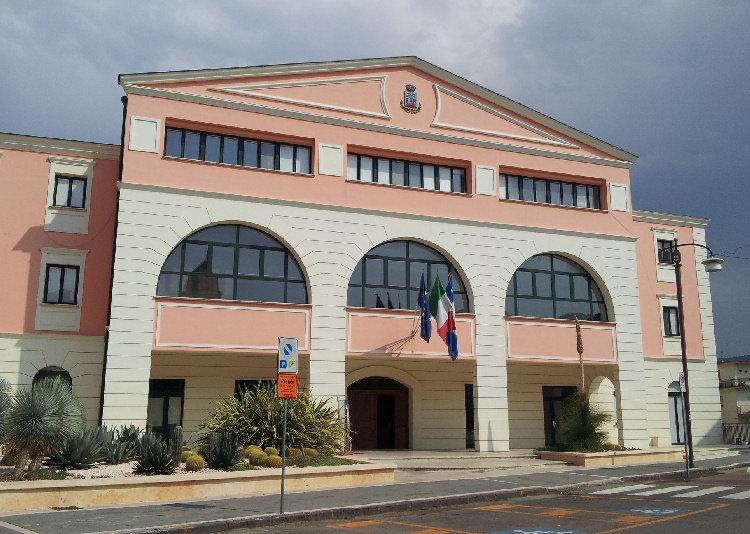 Agropoli, salta il consiglio comunale per l'approvazione del bilancio