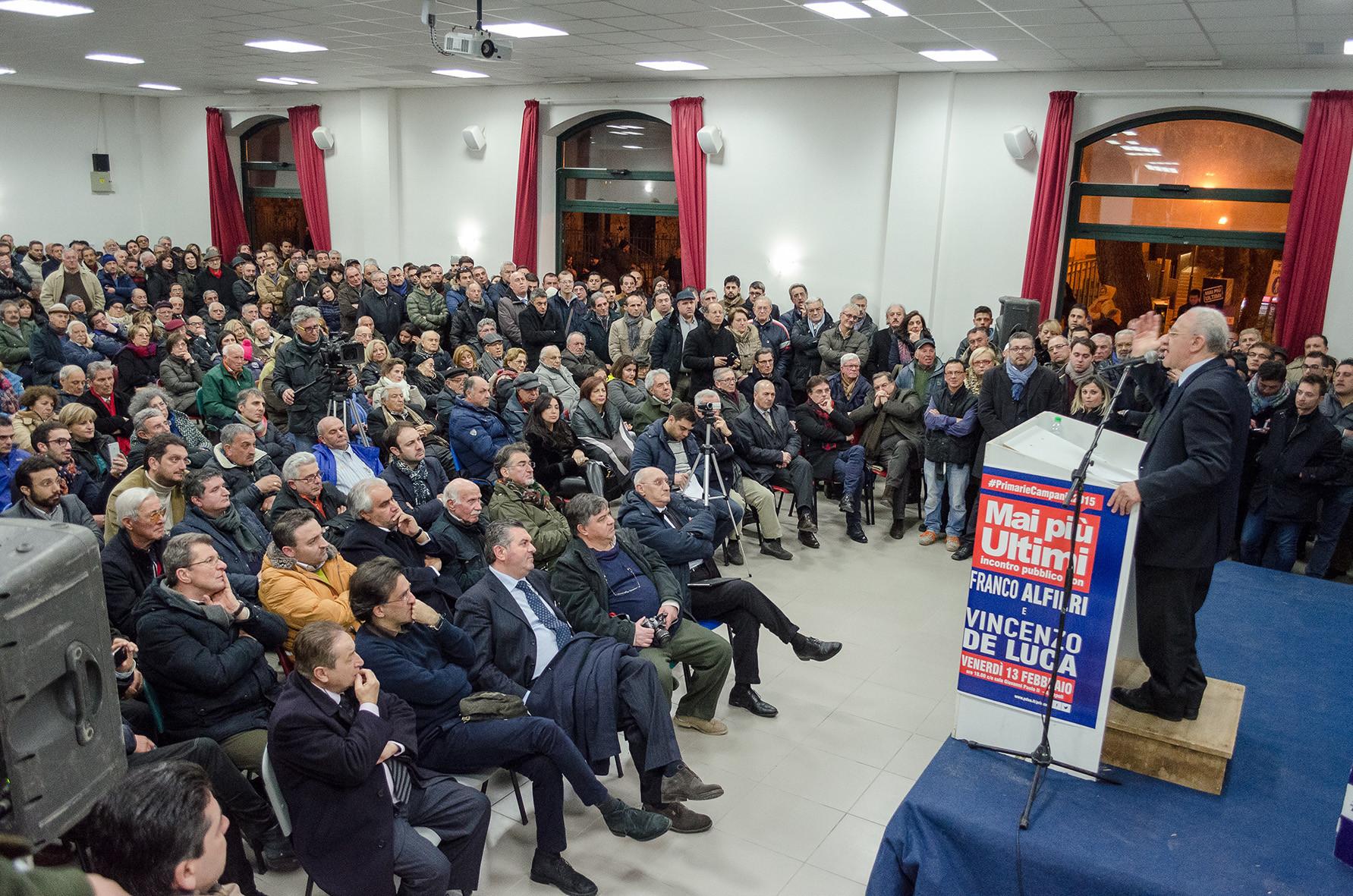 """De Luca: """"grazie Renzi"""". Sulla giunta: """"deciderò in autonomia"""""""
