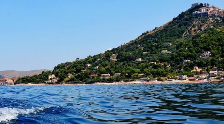 Castellabate: nuovo regolamento per l'area marina, insorge il sindaco