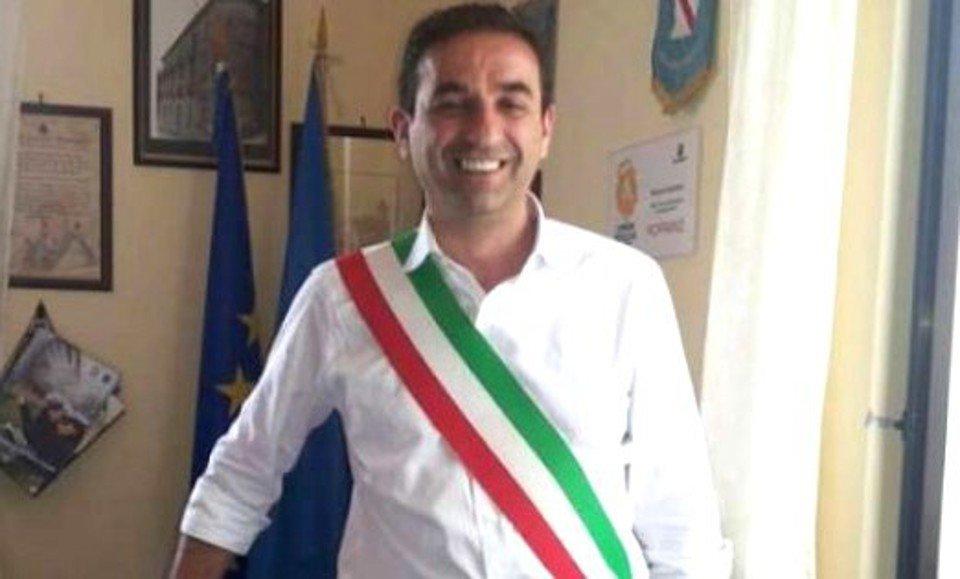 Photo of Rofrano: sindaco rassegna le dimissioni