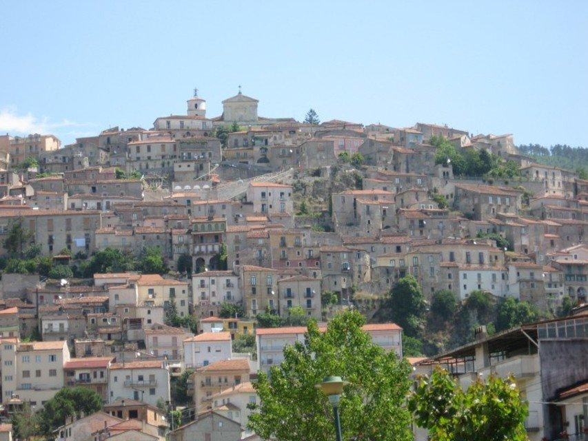 Itinerari culturali e religiosi del Buon Vivere e del Vallo di Diano. A Padula la presentazione