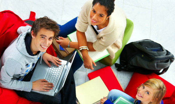 InfoCilento Giovani, appunti, richerche e traduzioni per gli studenti