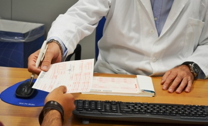 Stop ai servizi del distretto sanitario, scoppia la polemica