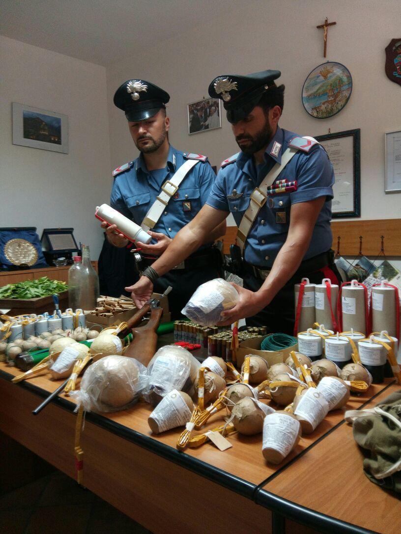 Carabinieri_esplosivo