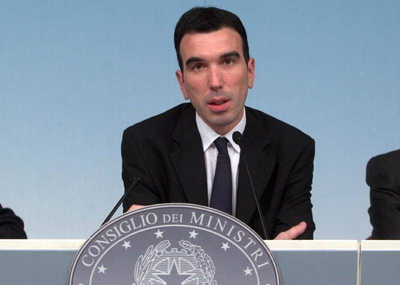 """Ministro Martina nel Cilento: """"Una terra straordinaria"""""""