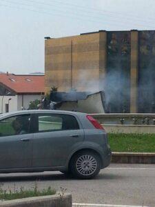 furgone_incendiato_2