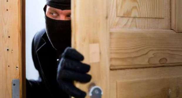 Cilento: ancora un furto. Ladri in azione in pieno giorno