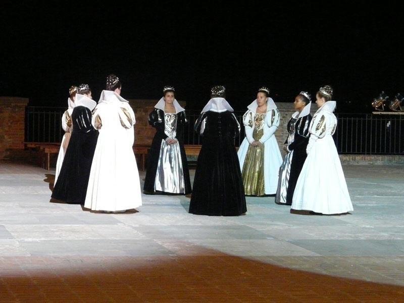 Le contrade di Capaccio si sfidano in un torneo di dama vivente
