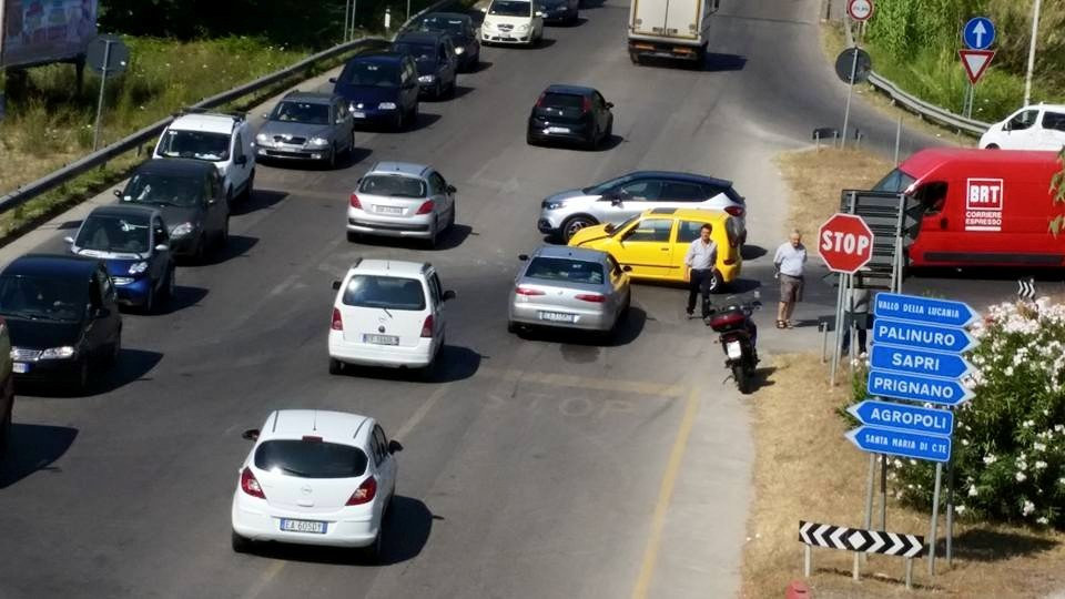 Mattinata di incidenti a Roccadaspide, Agropoli e Camerota
