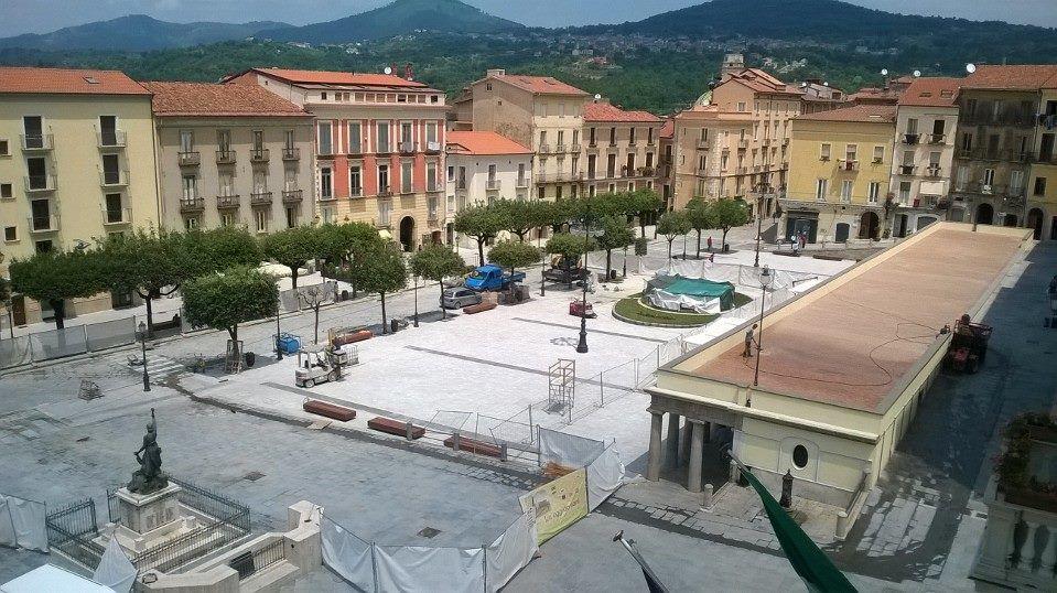 Vallo della lucania stasera s 39 inaugura la piazza aloia - Agenzie immobiliari vallo della lucania ...