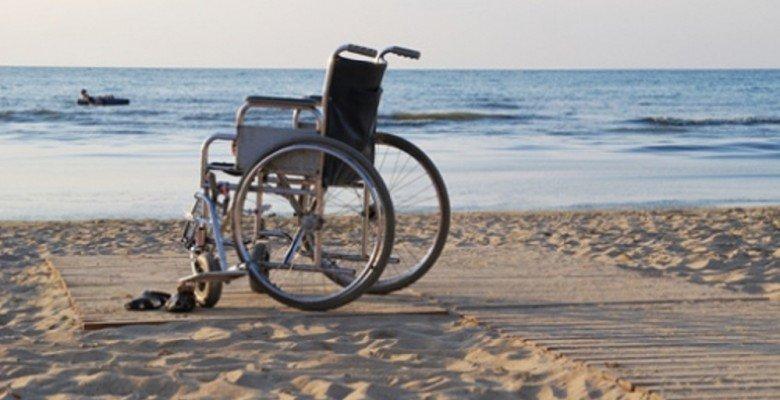 Vibonati: istituito un punto di accesso disabilità assistito sulla spiaggia