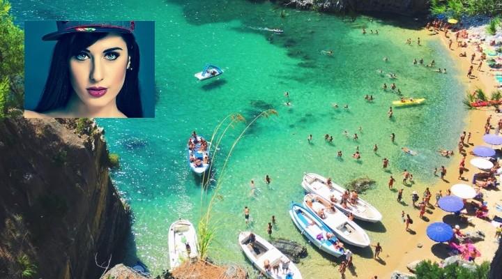 Valentina Vignali in vacanza nel Cilento