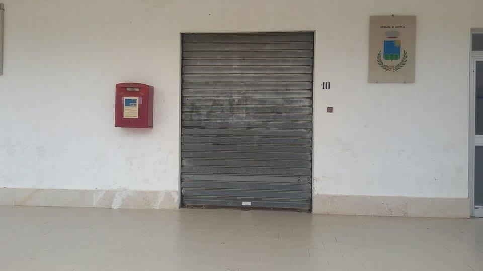 Lustra, ufficio postale chiuso