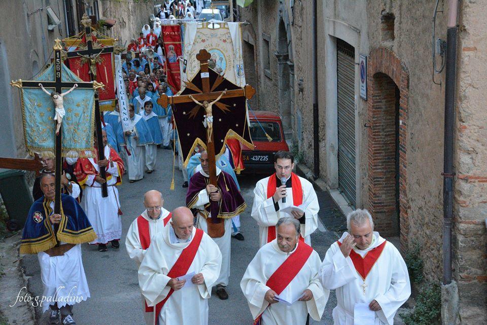 Photo of Cilento: Il covid-19 ferma i riti della tradizione cilentana del Venerdì Santo