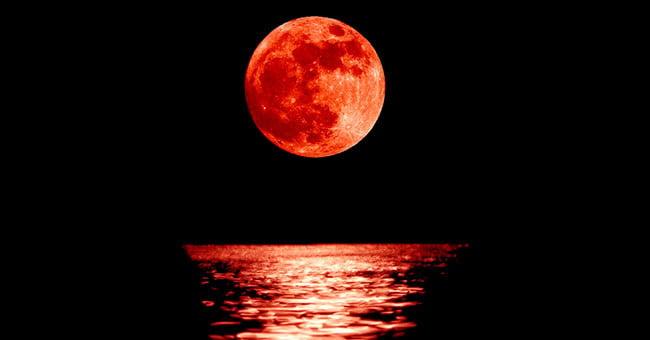 Cielo Rosso Di Notte.Questa E La Notte Della Luna Rossa Info Cilento