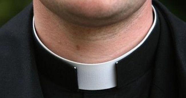 Dossier preti gay trasmesso in Vaticano