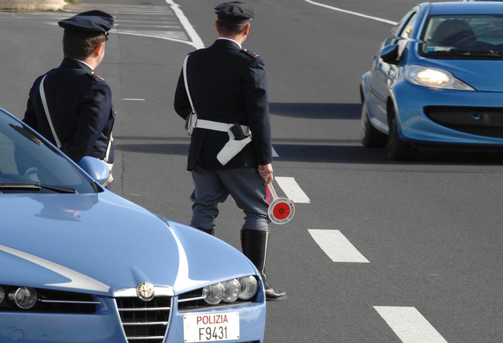polizia_posto_blocco