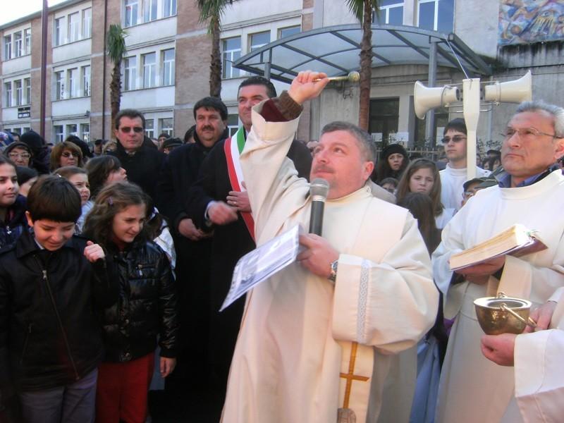 Don Bruno Lancuba resterà parroco di Agropoli