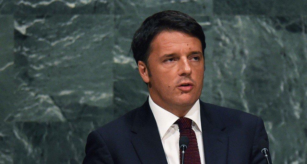 """Renzi difende De Luca: """"ha tutta la disponibilità del Governo"""""""