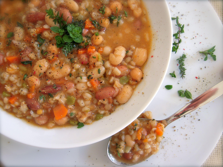 zuppa-di-cereali-e-legumi