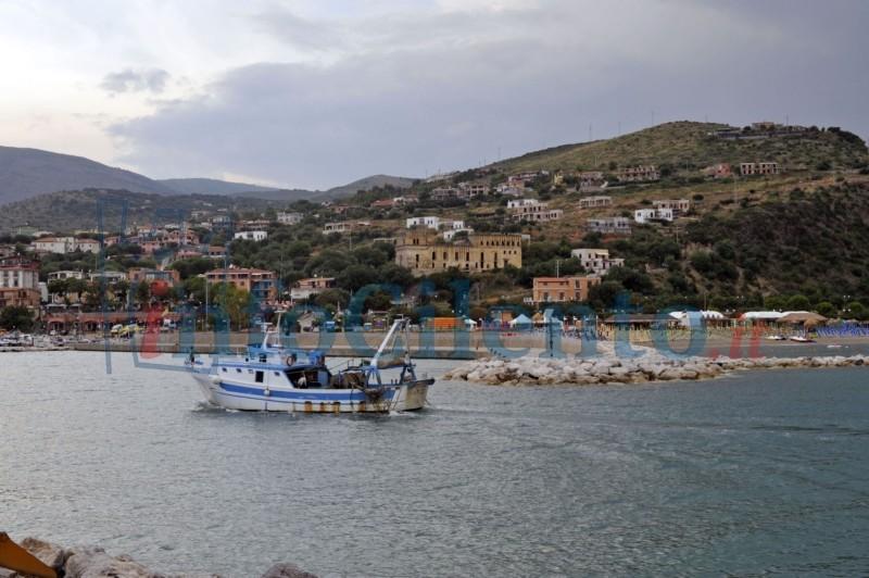 Camerota: nuova gru al porto, presto il bando per la gestione