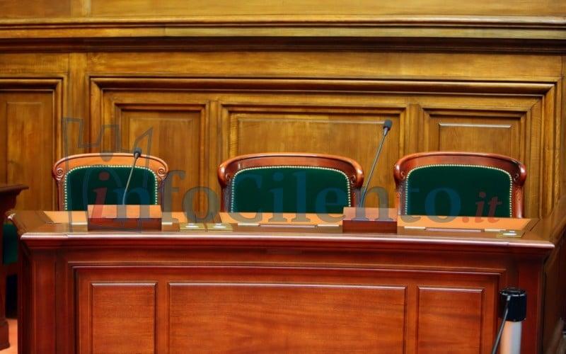 Parcheggi a Capaccio Capoluogo, nove tra funzionari ed ex amministratori a giudizio