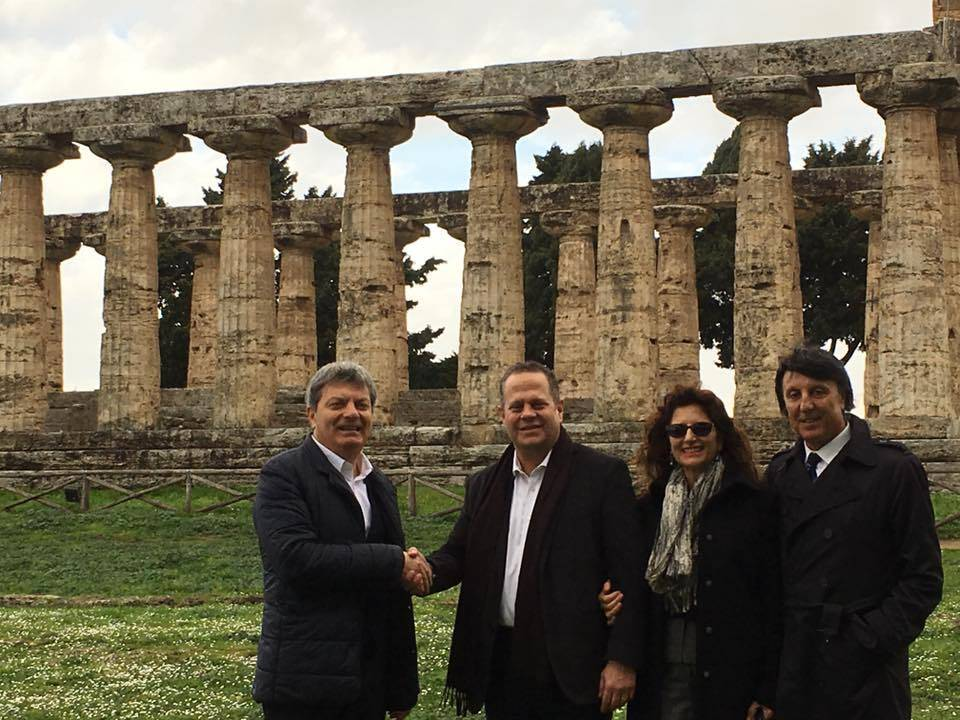 Ministro macedone in visita ai templi di Paestum