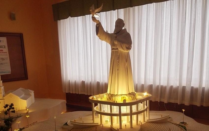 Ogliastro: procede l'iter per un monumento di 70 metri. Sfide tra santi nel Cilento