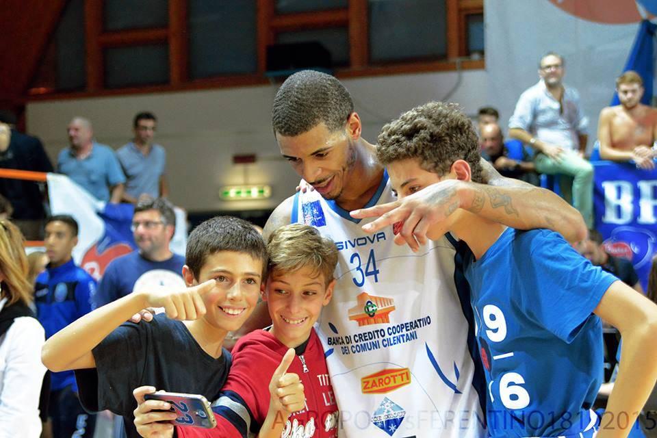 Basket: super Roderick, l'Agropoli batte Agrigento