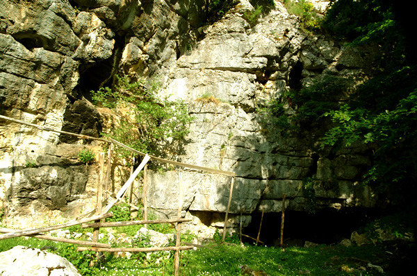 Grotta_Vallicelli