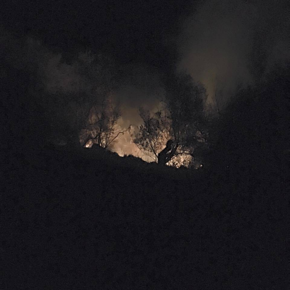 Brucia ancora il Cilento, incendio nel territorio di Pollica
