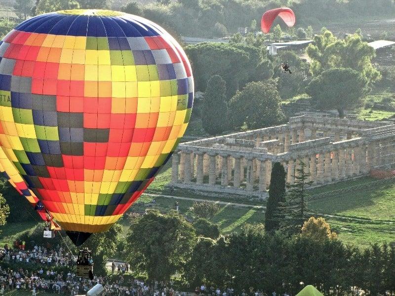 Volare in mongolfiera tutto l'anno, a Paestum si può