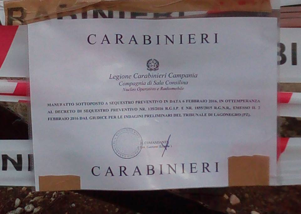 """Sequestrato il monumento in ricordo di Massimo Casalnuovo: """"E' abusivo"""""""