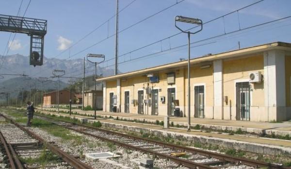 Ferrovie: nessun ripristino della Sicignano-Lagonegro, a rischio anche Buccino