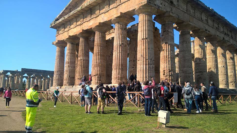 Boom di visite a Paestum per la riapertura del tempio di Nettuno