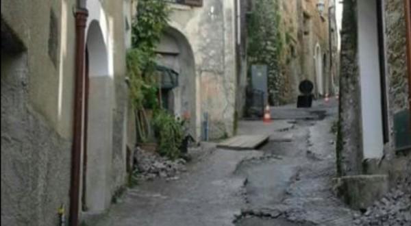 """Vibonati: """"Salviamo il percorso dei nostri avi"""". Cittadini incontrano il sindaco"""