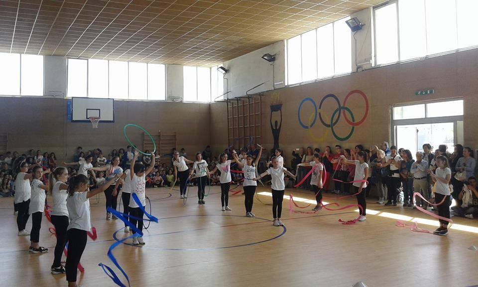 Agropoli, Rotary Club dona attrezzature per l'infermeria della palestra della scuola media