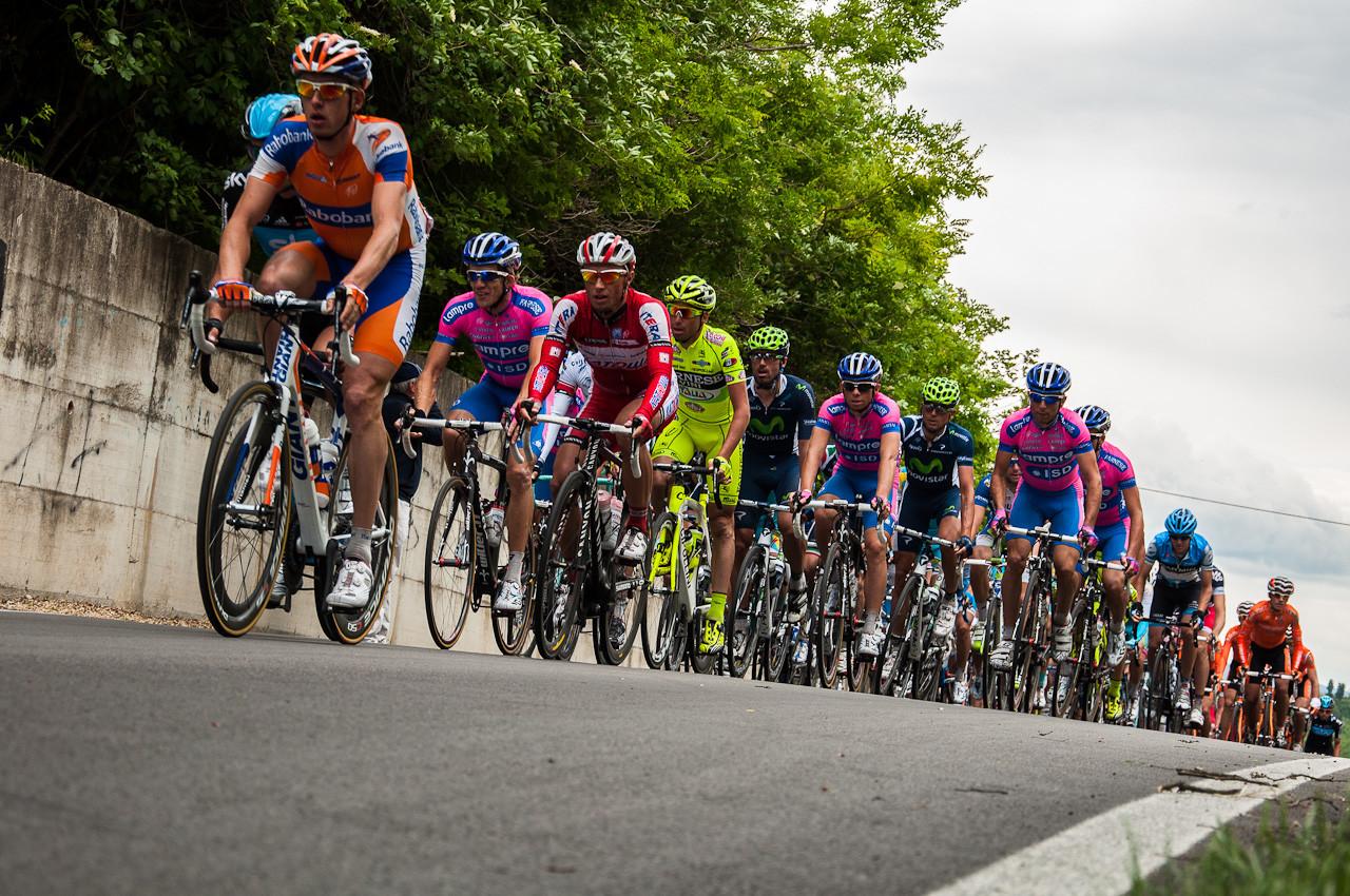 Giro: la Corsa Rosa arriva in Italia. Domani attraverserà il Vallo di Diano