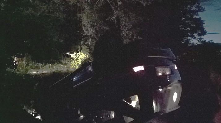 Finisce con l'auto in una scarpate è fugge: giallo su incidente avvenuto a Capaccio