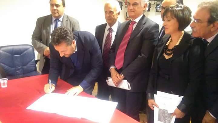 Firmato l'accordo: nel Golfo di Policastro un polo scolastico degli istituti professionali