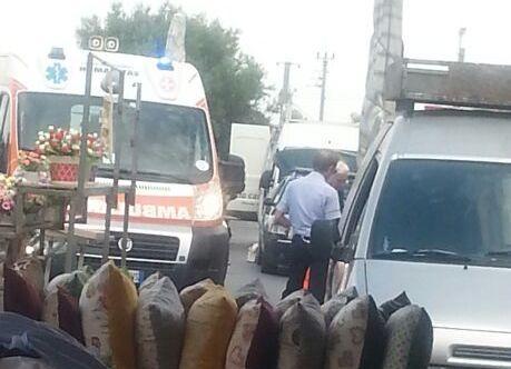 Ambulante aggredisce agente della municipale