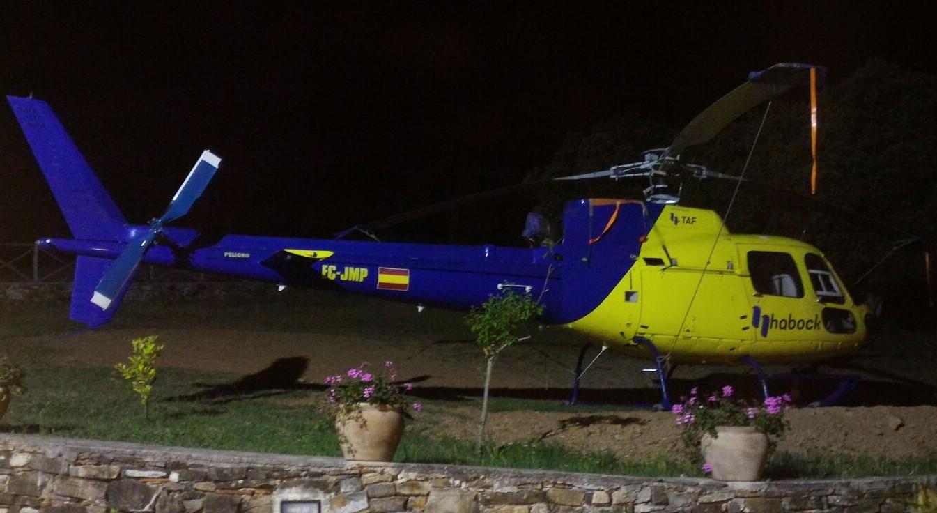 Elicotteri in volo sul Cilento: a bordo i 'dottori' delle linee elettriche