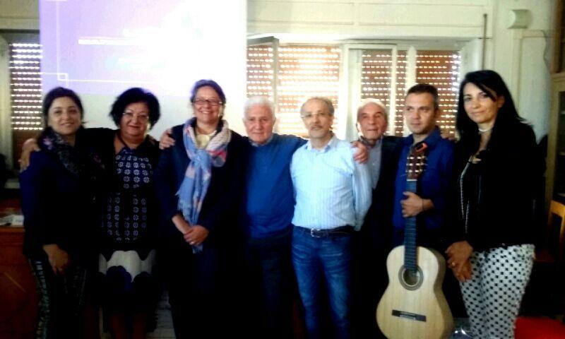 Giuseppe Liuccio al Parmenide di Vallo della Lucania: dialogo con gli allievi sulle sue liriche
