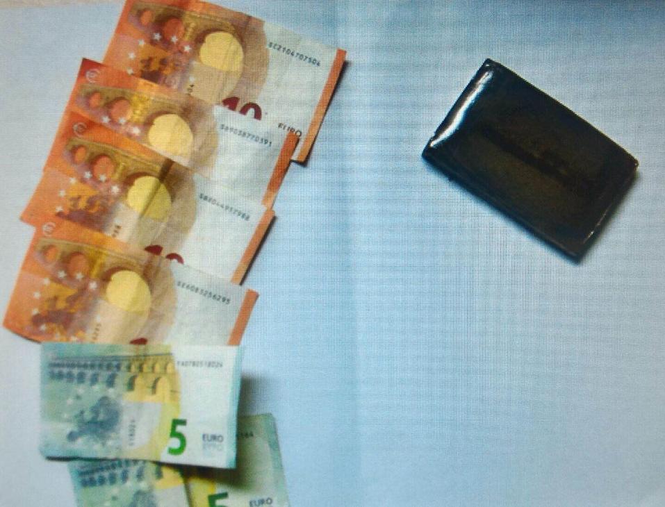 Spaccio di droga: da Latina a Marano per 3 panetti di hashish