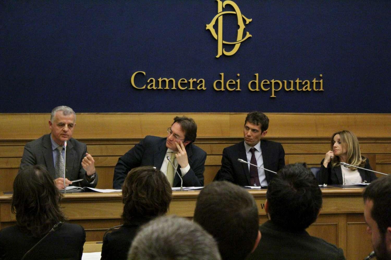 Presentata alla camera dei deputati la proposta di legge for Tv camera deputati