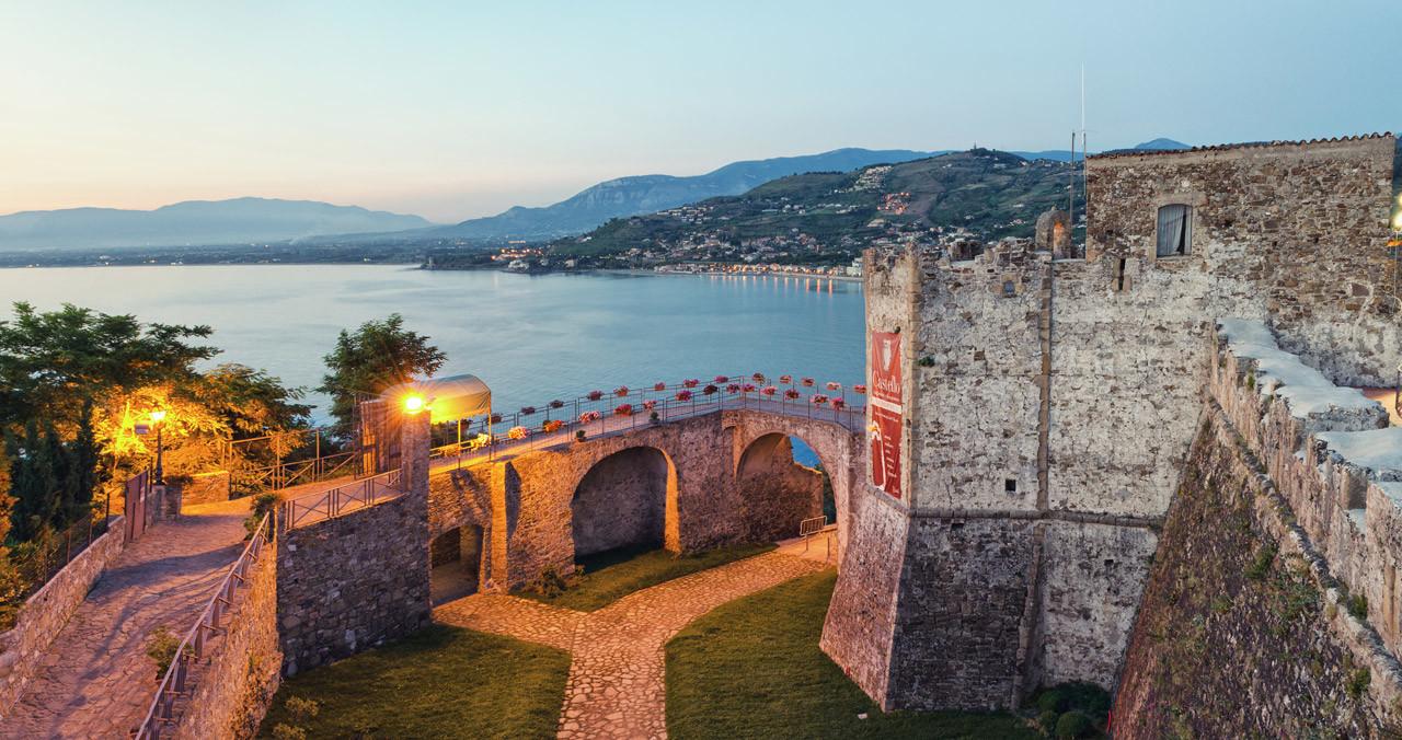 Photo of Rinegoziazione mutuo Castello di Agropoli: taglio di due terzi della quota interessi