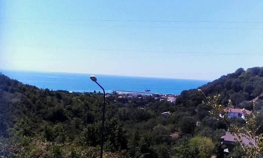 Lavori al porto di Policastro, la denuncia di Cammarano: una discarica al posto della spiaggia