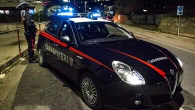 Photo of Nota veicolo sospetto e chiama carabinieri, tre arresti